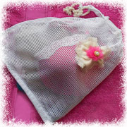 Make a lingerie bag for your underwear