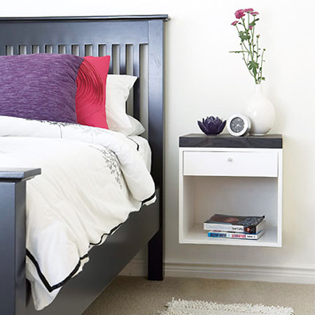 Home dzine home diy home diy wall mounted bedside table for Wall mounted nightstand diy