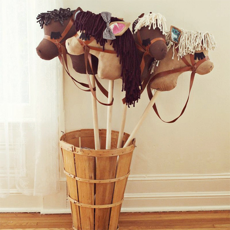 diy stick pony Gifts you can make for children