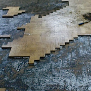 Remove bitumen and glue from floors