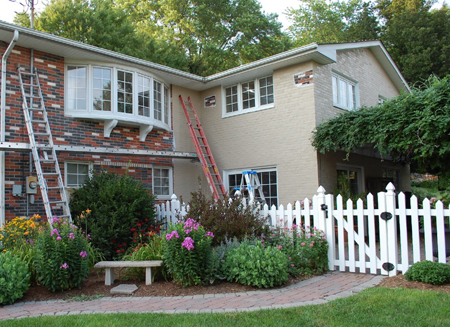 Home dzine home improvement should i paint exterior face brick for How to paint brick wall exterior