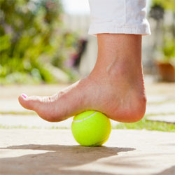 tennis ball foot massage