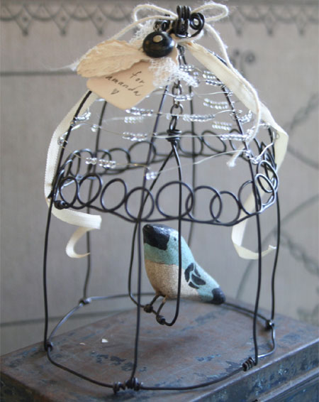 How to make a wire cage jewelry hanger