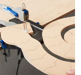 Wooden snake jigsaw puzzle with Dremel Moto Saw