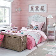 Beautiful bedroom for a little lady
