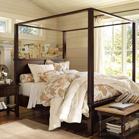 Home dzine bedrooms beautiful 4 post bed designs for Bedroom designs with four poster beds
