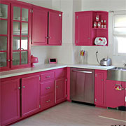 Hot pink kitchen makeover
