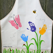 'Handy' crafts for Mother's Day
