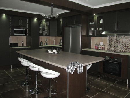 home dzine home improvement renovate a kitchen from scratch. Black Bedroom Furniture Sets. Home Design Ideas