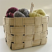 Weave a pattern paper or soft paper basket