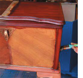 How to remove excess wax from furniture