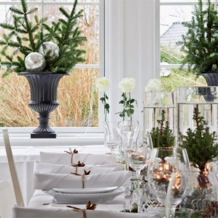 Home Dzine Home Decor Decorate The Christmas Dining Table