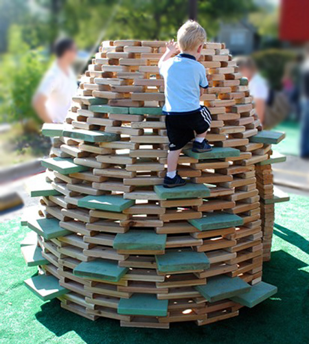 Modern alternative to a jungle gym... the playhive