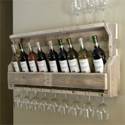 Practical recycled pallet wine rack ideas