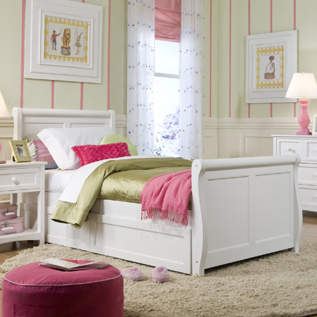 HOME DZINE Bedrooms Decorating Ideas For A Girl 39 S Bedroom
