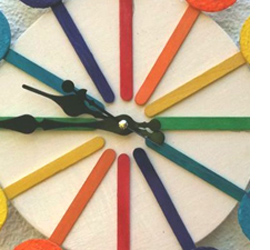 HOME DZINE Craft Ideas Make a rainbow clock with recycled materials