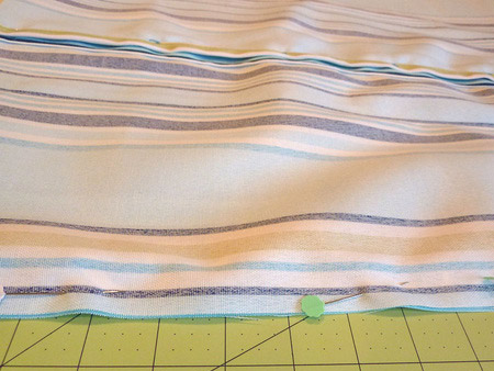How to make square or rectangle piped cushions
