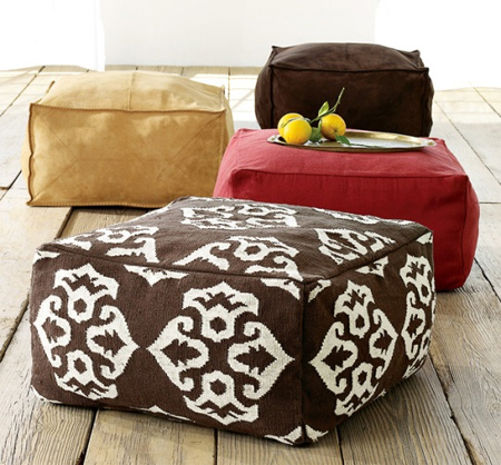 home dzine craft ideas how to make a rug or dhurrie pouf. Black Bedroom Furniture Sets. Home Design Ideas