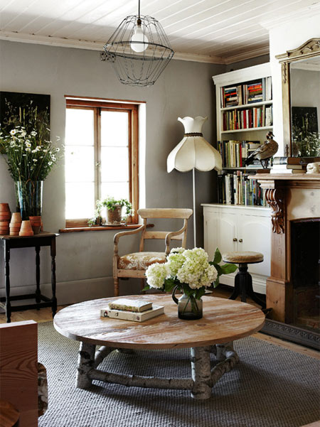 HOME DZINE Home Decor | Rustic homes using reclaimed materials