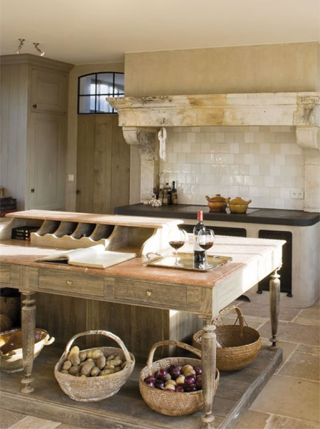 Rustic homes using reclaimed materials