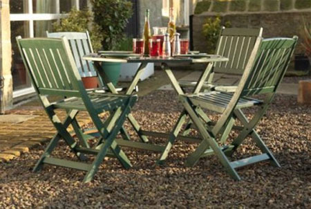 Home Dzine Craft Ideas Give Garden Furniture A Makeover With Rust Oleum