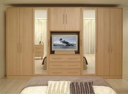 Home dzine bedrooms design and build the perfect closet - Pics of nice builtin cupboards for the bedroom ...