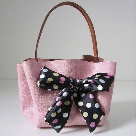 Home dzine craft ideas make a suede bag in an hour for Gazebo fai da te riciclo