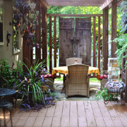 Establish privacy in a townhouse garden