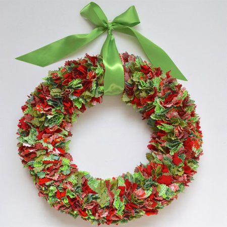 Beau Fabric Scrap Wreath Festive Holiday Christmas Decoration
