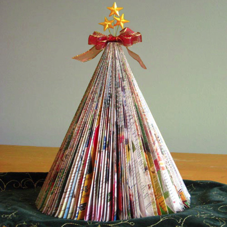 Folded magazine Christmas tree