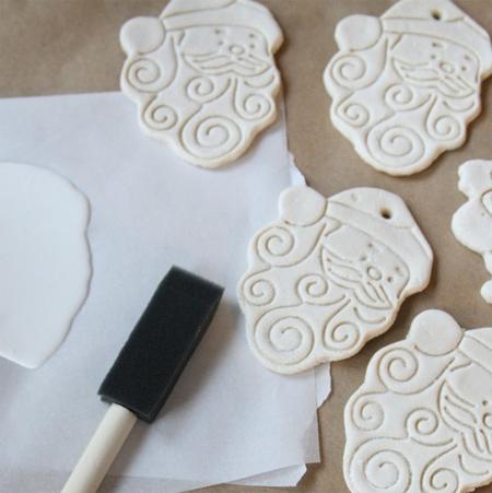 Home dzine craft ideas salt dough holiday crafts for Salt dough crafts figures