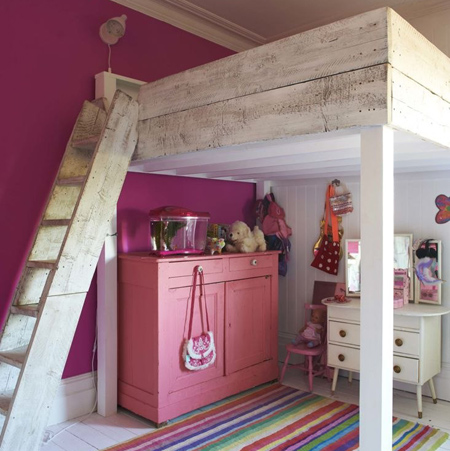 Eclectic style in vintage home timber loft bed