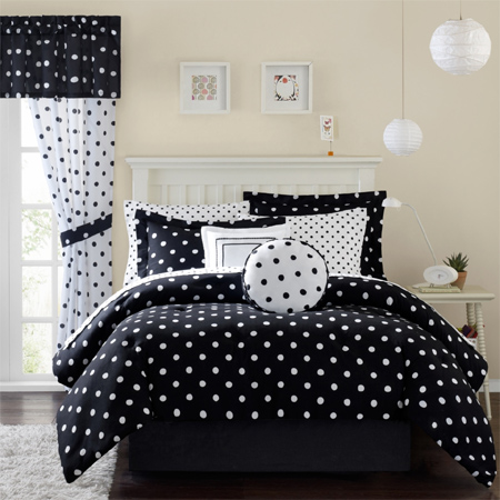 Home dzine shopping gorgeous duvets and bedding for for Polka dot bedroom ideas