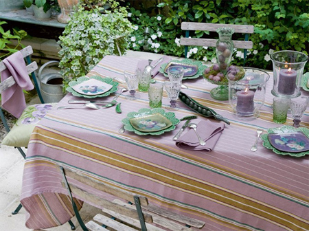 Delightful Outdoor Dining Table Ideas Rustic Pastel Colours