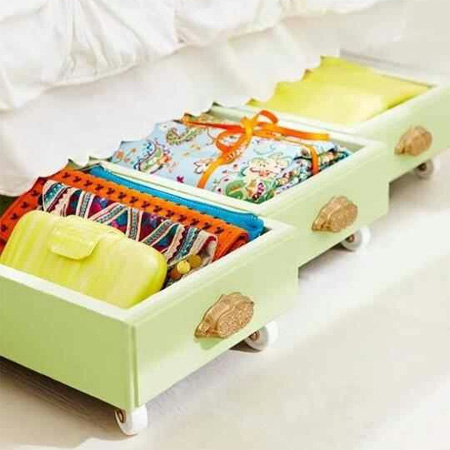 Repurpose an old drawer into mobile underbed storage drawers