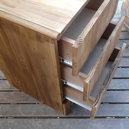 DIY 4-drawer cabinet with easy install drawer runners
