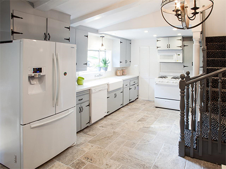 Kitchen renovations that won't break your wallet painted cottage kitchen\