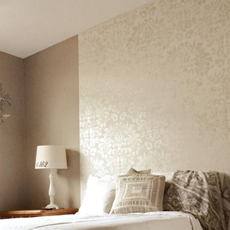 Home dzine metallic or pearl stencil design on walls - Wall decoration with pearls ...