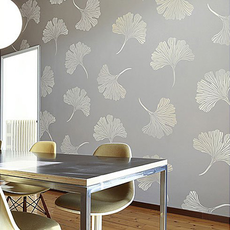 Metallic Or Pearl Stencil Design On Walls