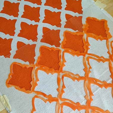 Home Dzine Craft Ideas Stencil A Canvas Cushion Or Pillow