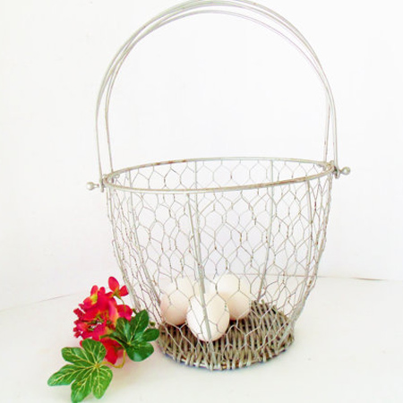 Crafty ideas to use wire for home decor projects wire egg basket