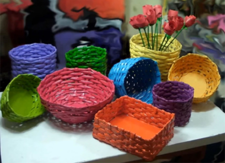 Home Dzine Craft Ideas Make Colourful Rolled Paper Baskets