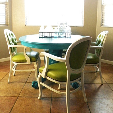 Paint dining table and chairs with Rust-Oleum satin lagoon