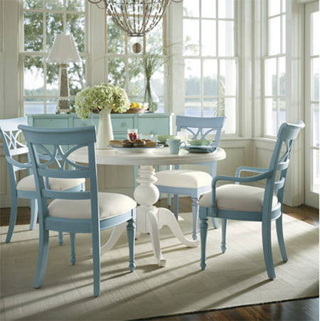 Paint dining table and chairs with Rust-Oleum pastel colours