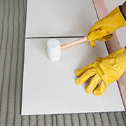 Choosing the right tile adhesive and additive