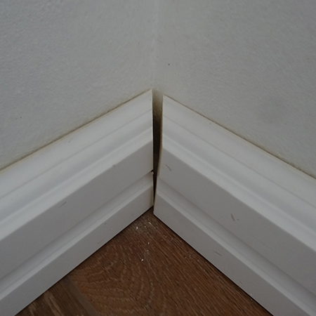 fit over skirtings over the top of existing skirting boards match 45 degree corners
