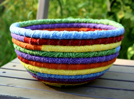 Make A Colourful Rope Rag Bowl