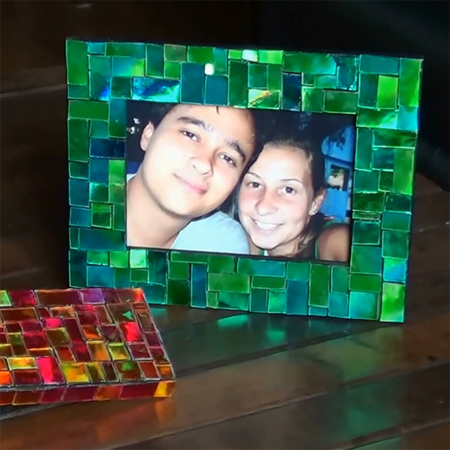 Home Dzine Craft Ideas Mosaic Picture Frames With Cds