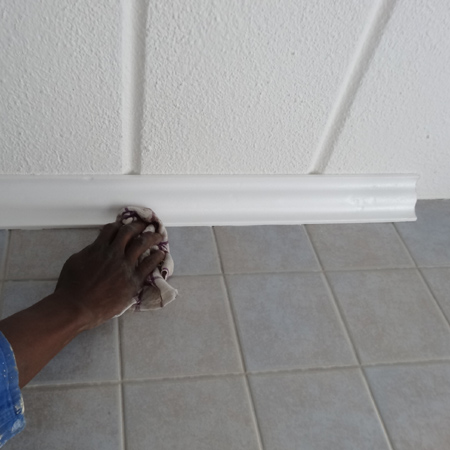 Home Dzine Bathrooms Adding Crown Moulding Or Cornice To