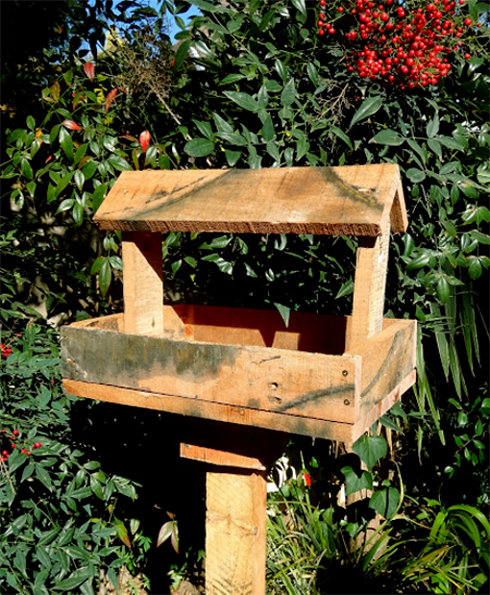 reclaimed timber wood pallet bird feeder